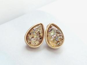 Champagne Stud Earrings
